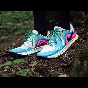 Women's Nike Air Zoom Wildhorse 5. Trail Running.